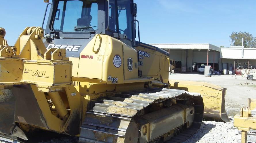 2007 John Deere 850J WLT